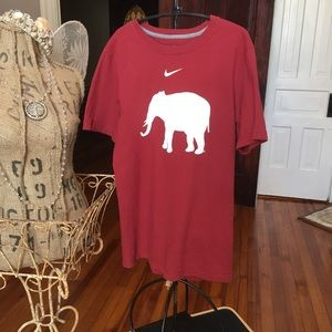Nike Alabama Football t-shirt. Small EUC